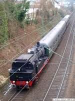 BR 78/58866/78-468-der-efz-auf-der 78 468 der EFZ auf der fahrt von Herrenberg nach Stuttgart Hbf [Mit dem Dampfzug auf der Gäubahn...] vor der Fußgängerbrücke am Eckartshaldenweg (Pragfriedh.). (14,03,2010)