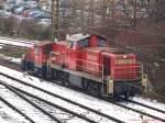 BR 294/54639/335-131-9-wurde-von-294-781-0 335 131-9 wurde von 294 781-0 an die im Stuttgarter Hafen bereitgestellte 294 633-7 Rangiert. (18,02,2010)